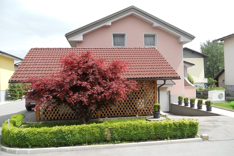 Stanovanjska hiša v Radomljah pri Domžalah